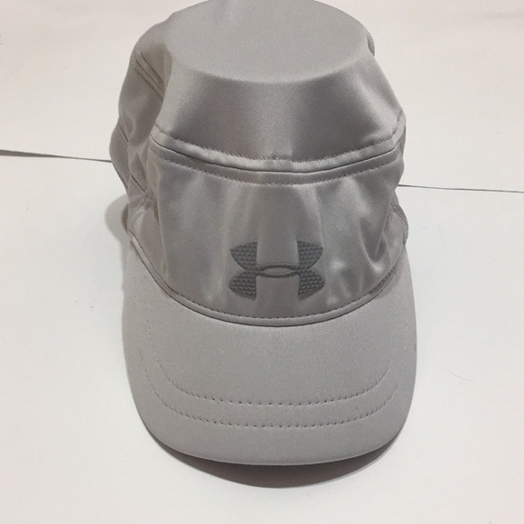 98a632f52bb Under Armour golf hat. M 5c5dfa21fe51512d0cd064f8